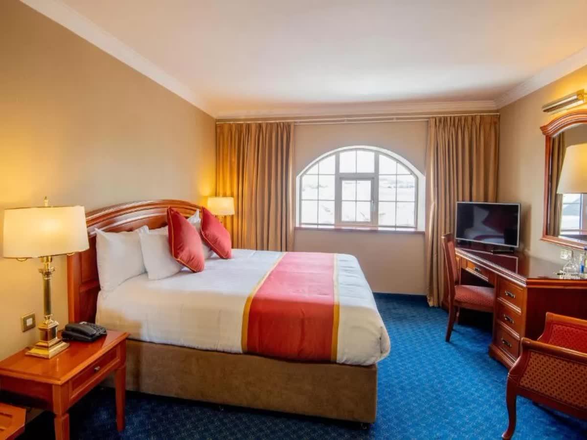 Killarney Towers Hotel