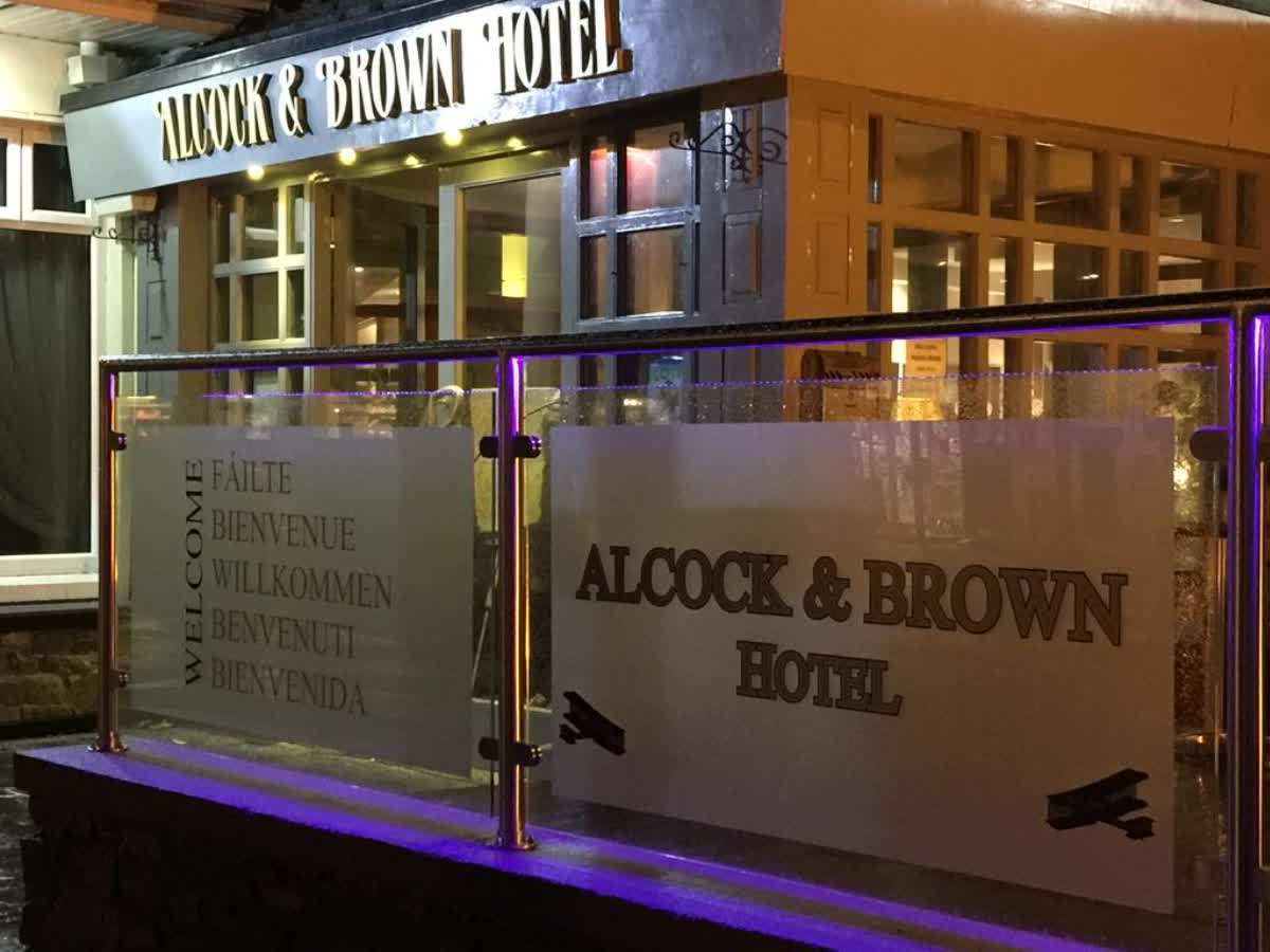Alcock And Brown Hotel