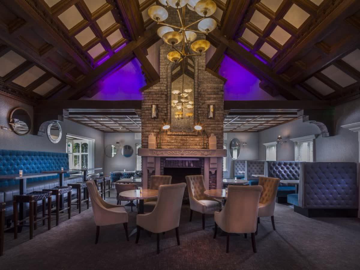 Treacys Oakwood Hotel Shannon