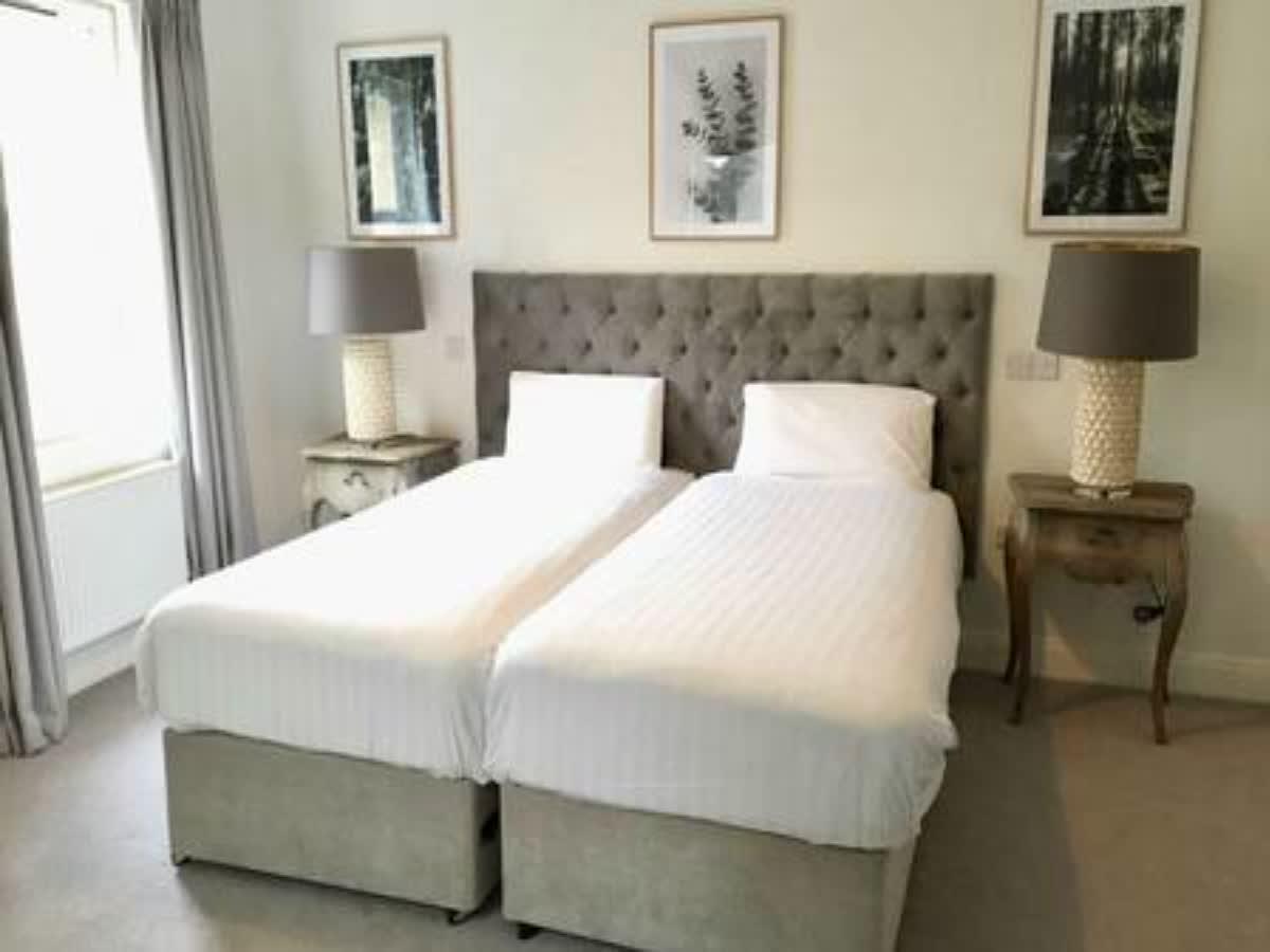 Dundrum House Hotel & Resort