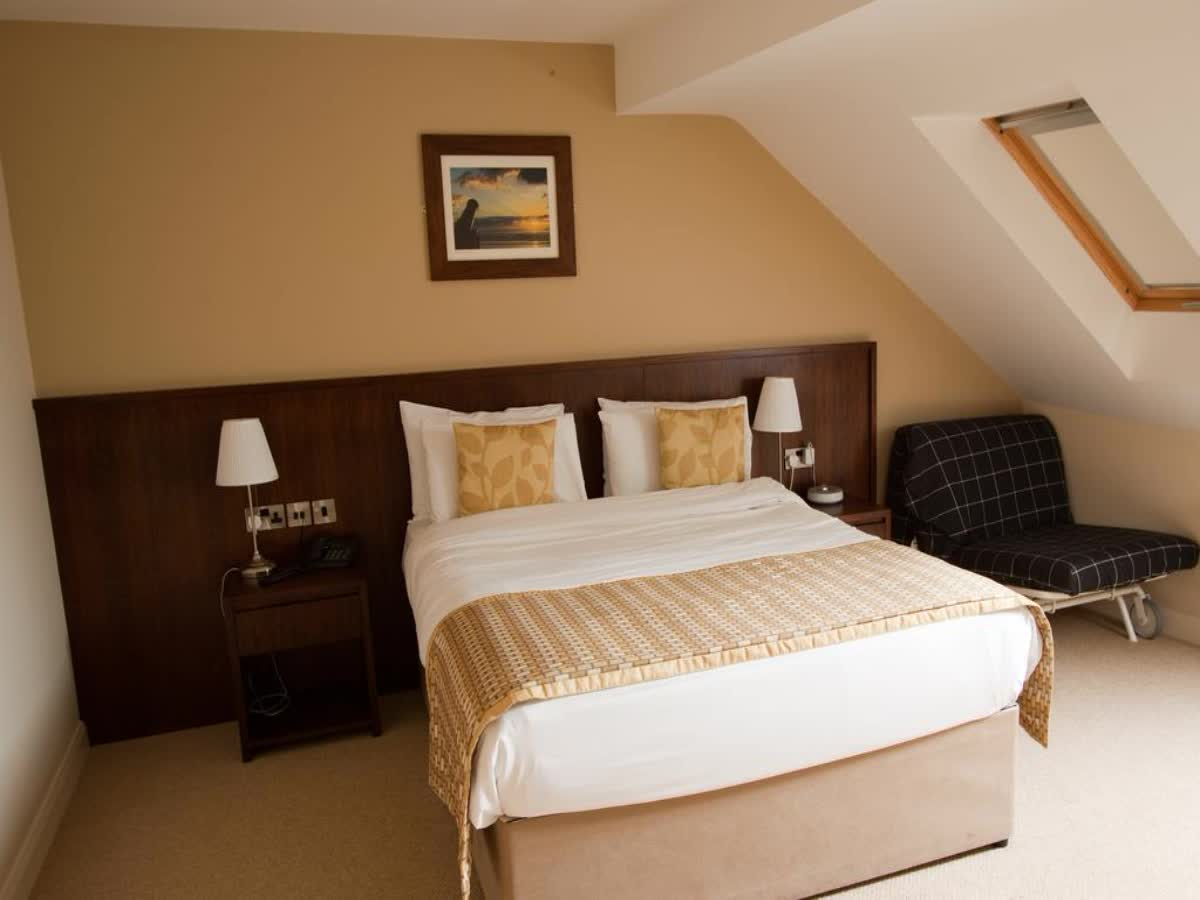 Strandhill Lodge & Suites