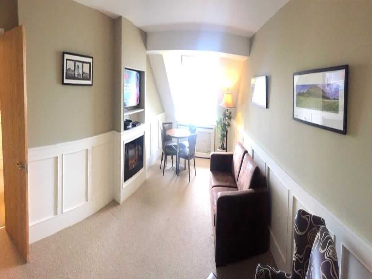 Strandhill Lodge & Suites