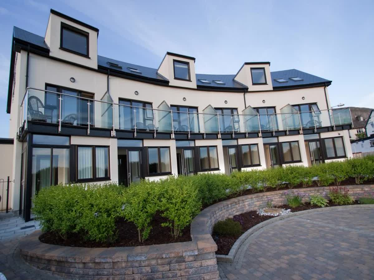Strandhill Lodge & Suites Sligo 0