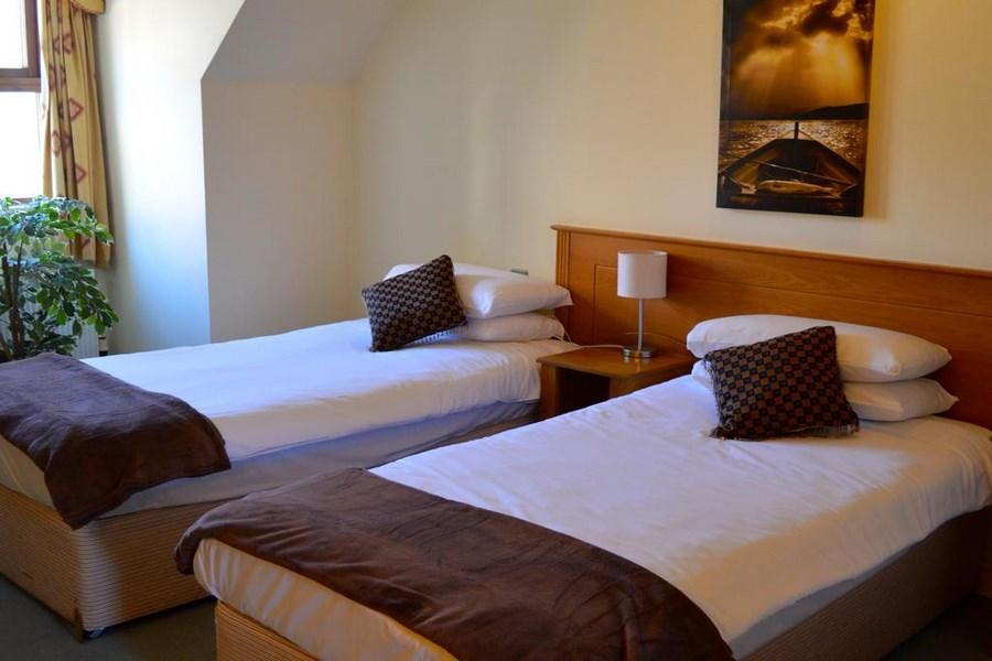 Peacockes Hotel   Galway 13