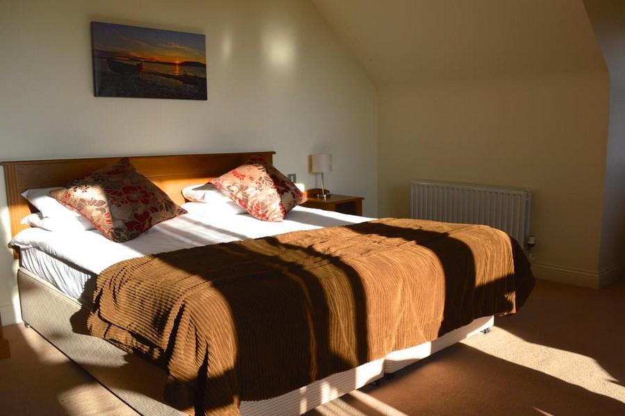Peacockes Hotel   Galway 16