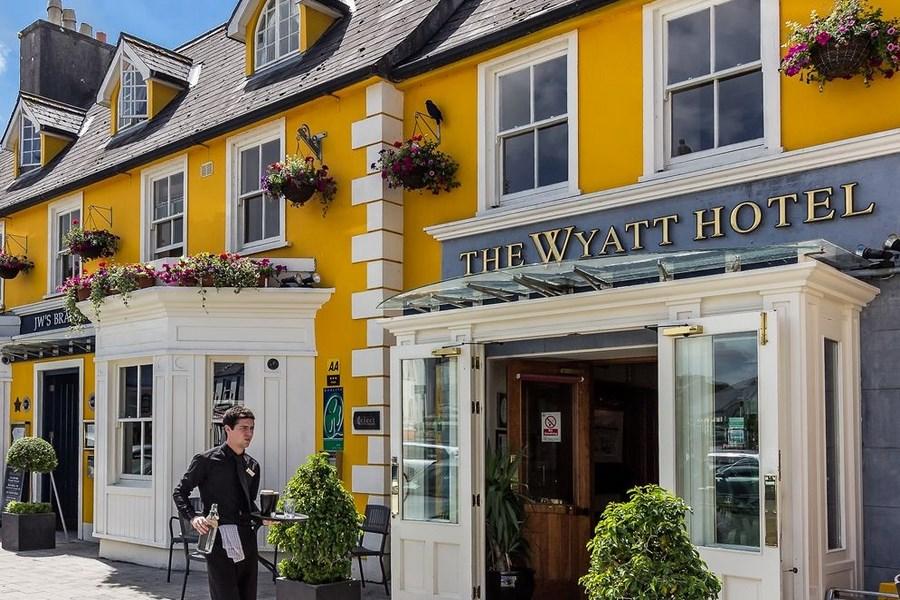 Wyatt Hotel Mayo 1