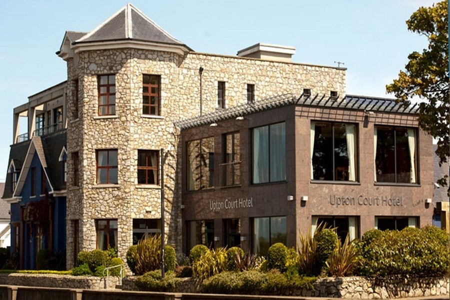 Upton Court Hotel & Holiday Cottages Wexford 1