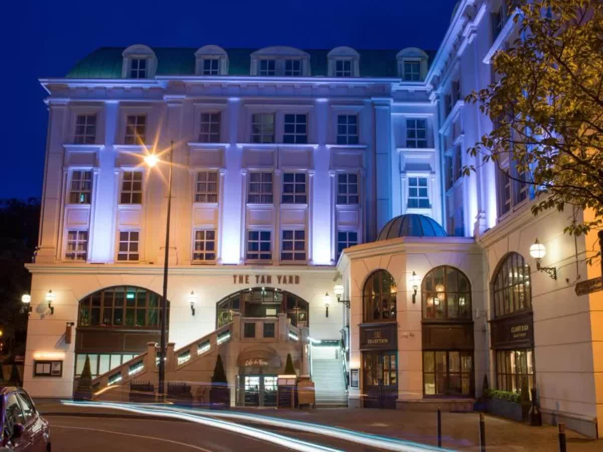 Killarney Plaza Hotel
