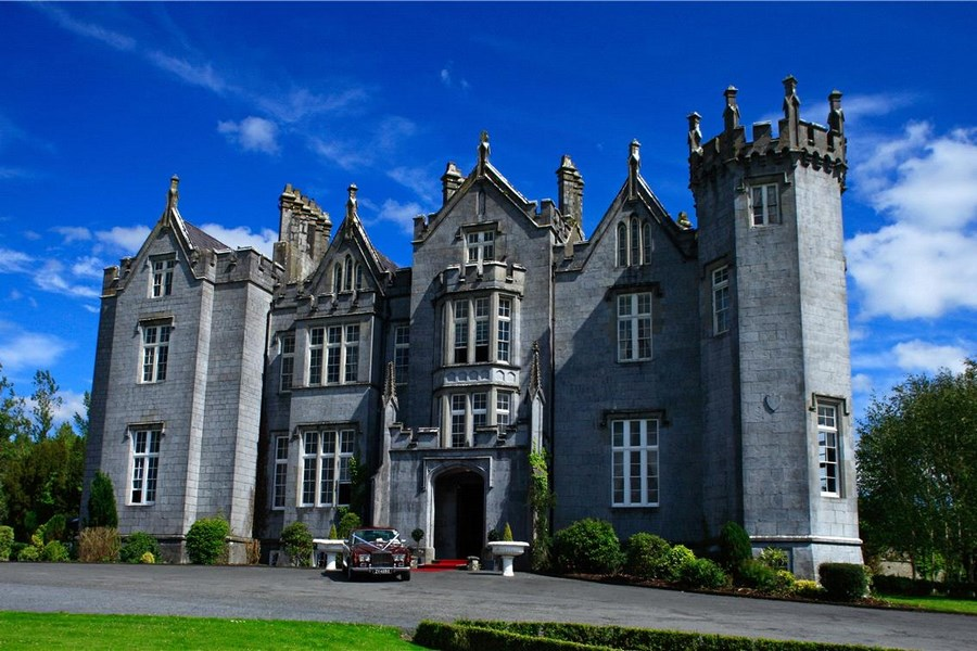 Kinnitty Castle Hotel Offaly 1