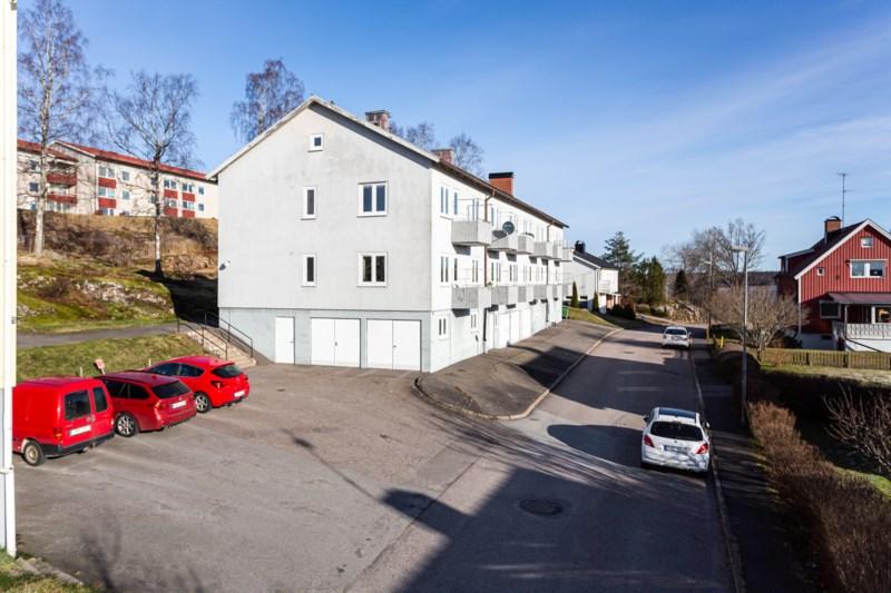 Henrik Larsson, Edsgatan 18, ml | satisfaction-survey.net