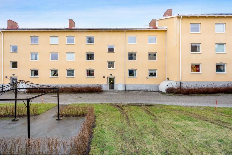 Nyinflyttade p Skidgrnd, Lindesberg   omr-scanner.net