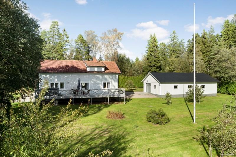 Hittaut i Uddevalla - tapissier-lanoe.com