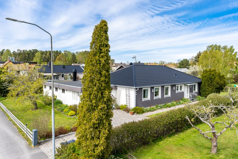 Nyinflyttade p stra husby 1, Vikbolandet   garagesale24.net
