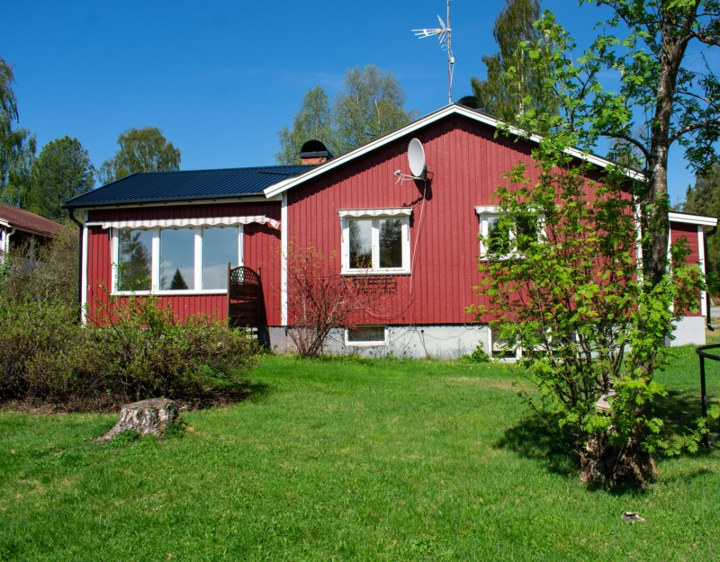 Sara Larsson, Uddvgen 25, Mal   satisfaction-survey.net