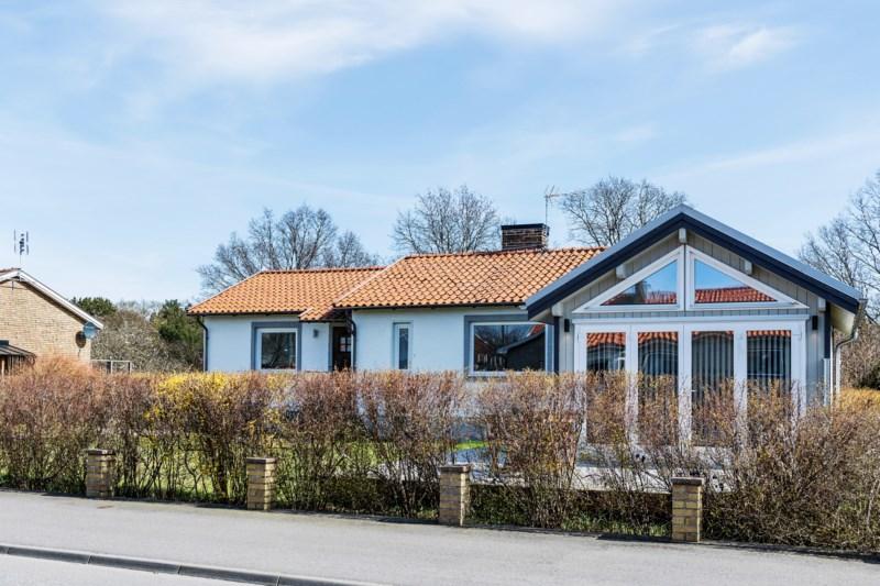 Ulla Landin, Sandlyckevgen 45, Vejbystrand | unam.net