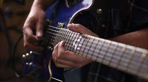 Tanks Of Glory's Söker en Gitarrist