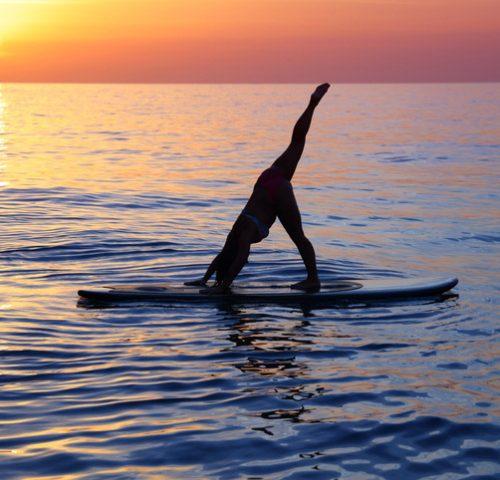 Yoga auf dem Board