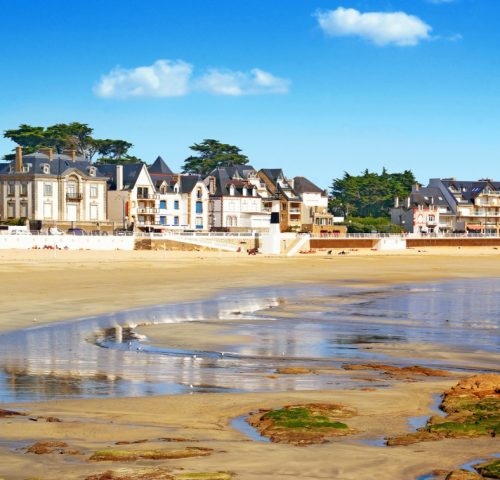 quiberon-in-morbihan-brittany-picture-id1129159222
