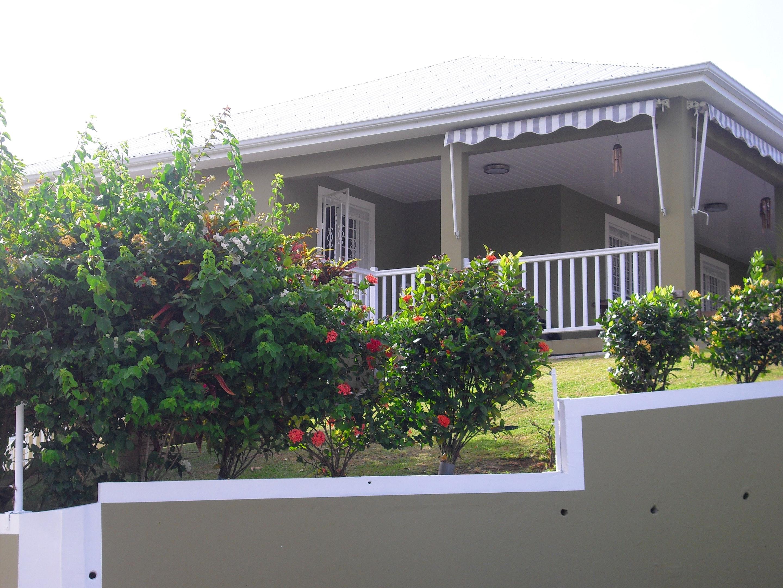 Wohnung mit 2 Schlafzimmern in Ducos mit eingezäuntem Garten und W-LAN - 12 km vom Strand entfernt