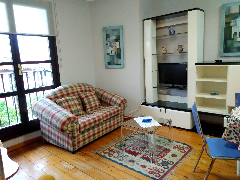 Wohnung mit 2 Schlafzimmern in Llanes mit W-LAN -  Ferienwohnung  Costa Verde