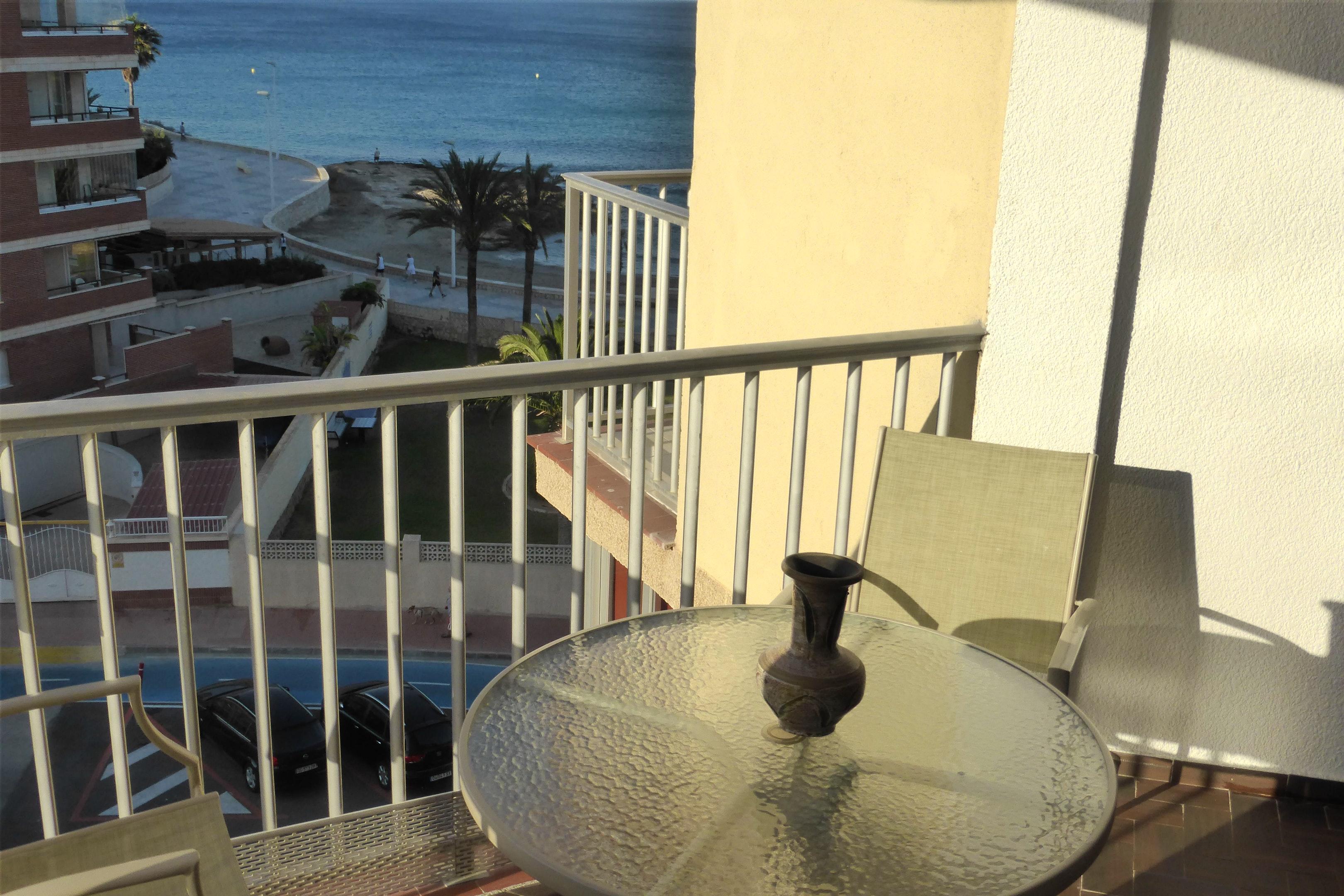 Wohnung mit einem Schlafzimmer in Calp mit herrlichem Meerblick eingezäuntem Garten und W LAN 20 m vom Strand entfernt