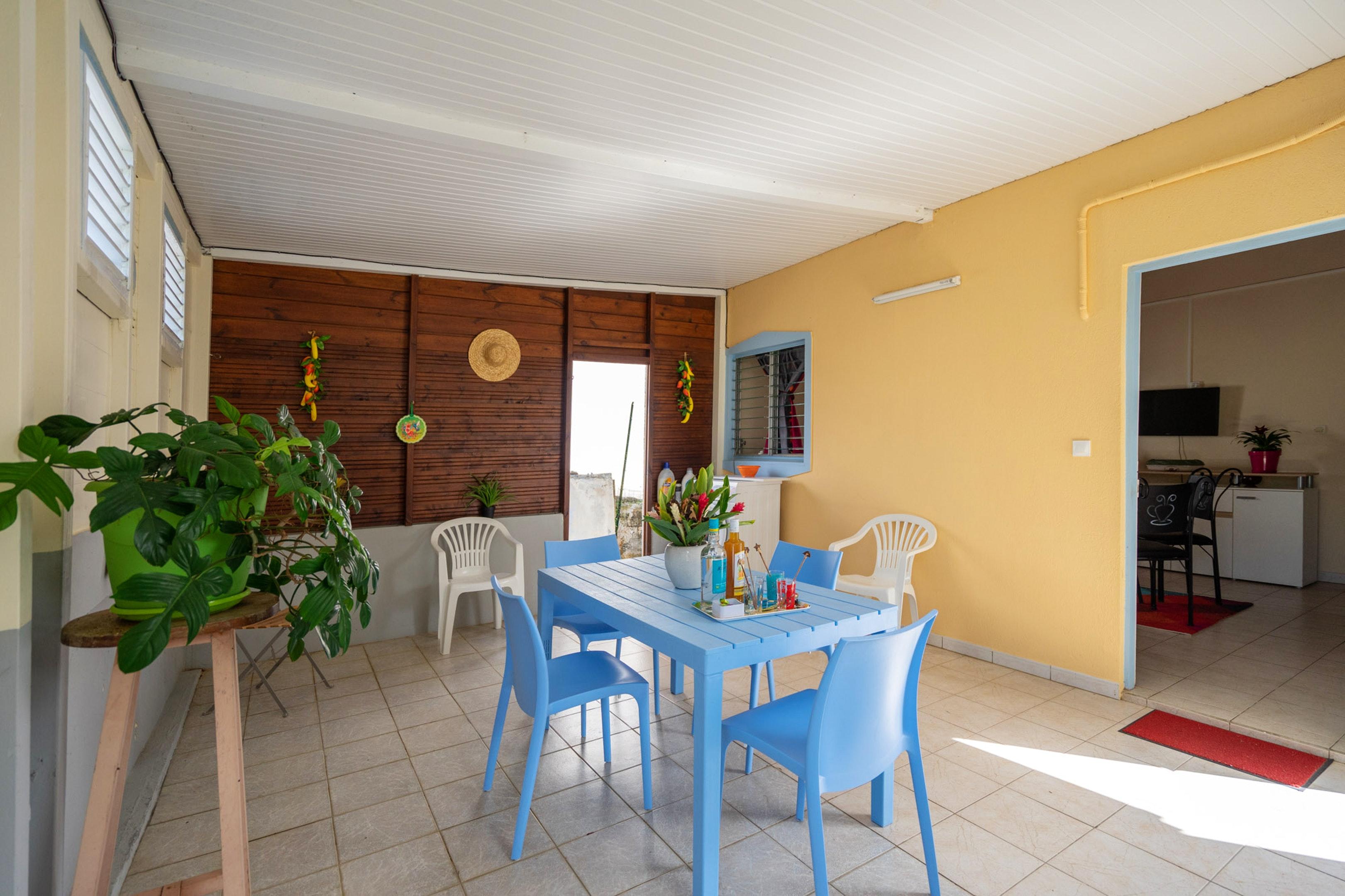 Haus mit einem Schlafzimmer in Rivière-Salée mit eingezäuntem Garten und W-LAN - 6 km vom Strand entfernt