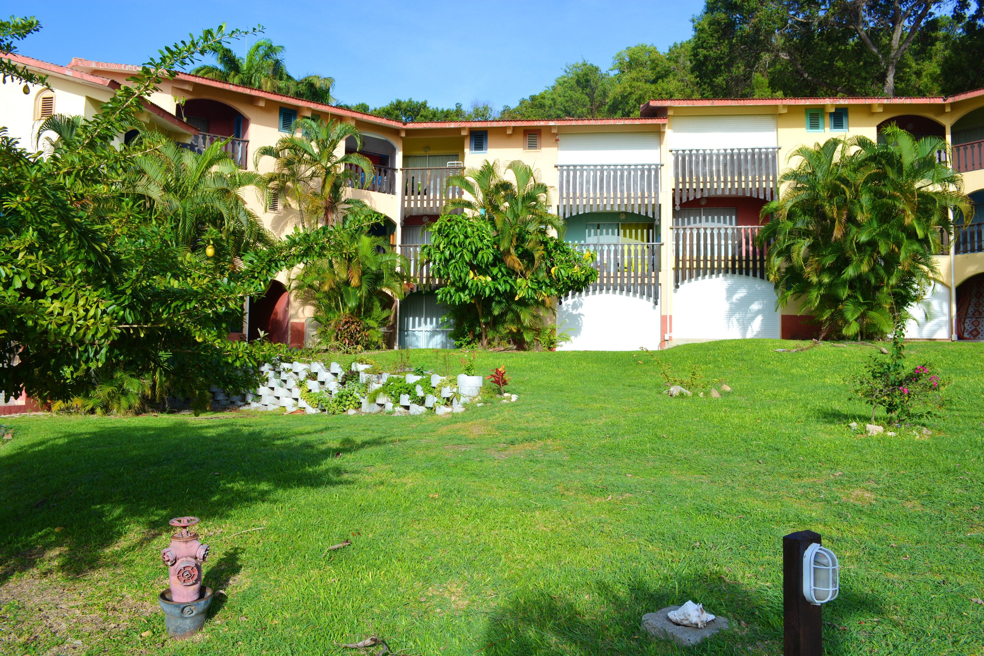 Studio in Sainte Anne mit herrlichem Meerblick, möbliertem Garten und W-LAN - 50 m vom Strand entfernt