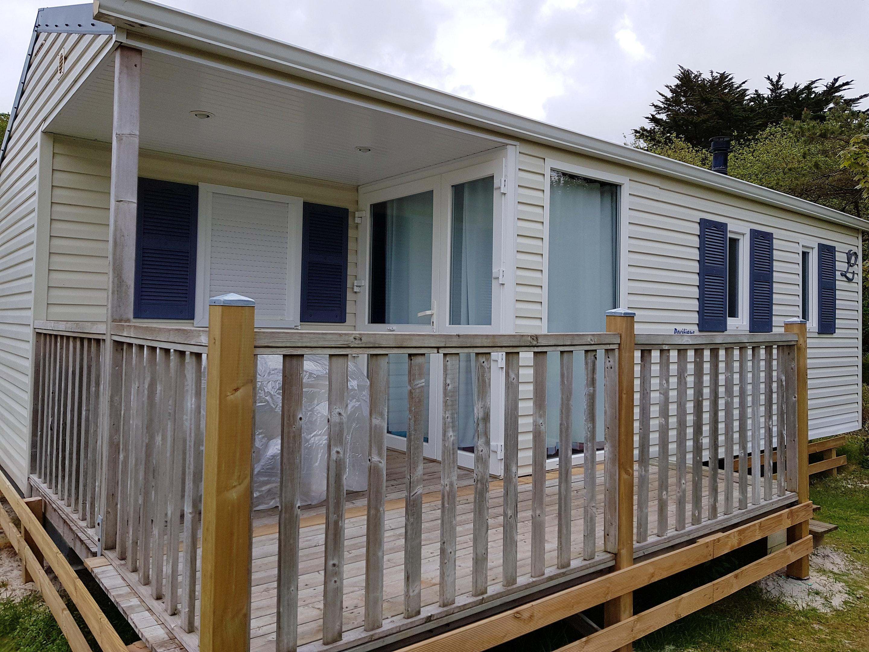 Bungalow mit 2 Schlafzimmern in Tréflez mit Hütte in Frankreich