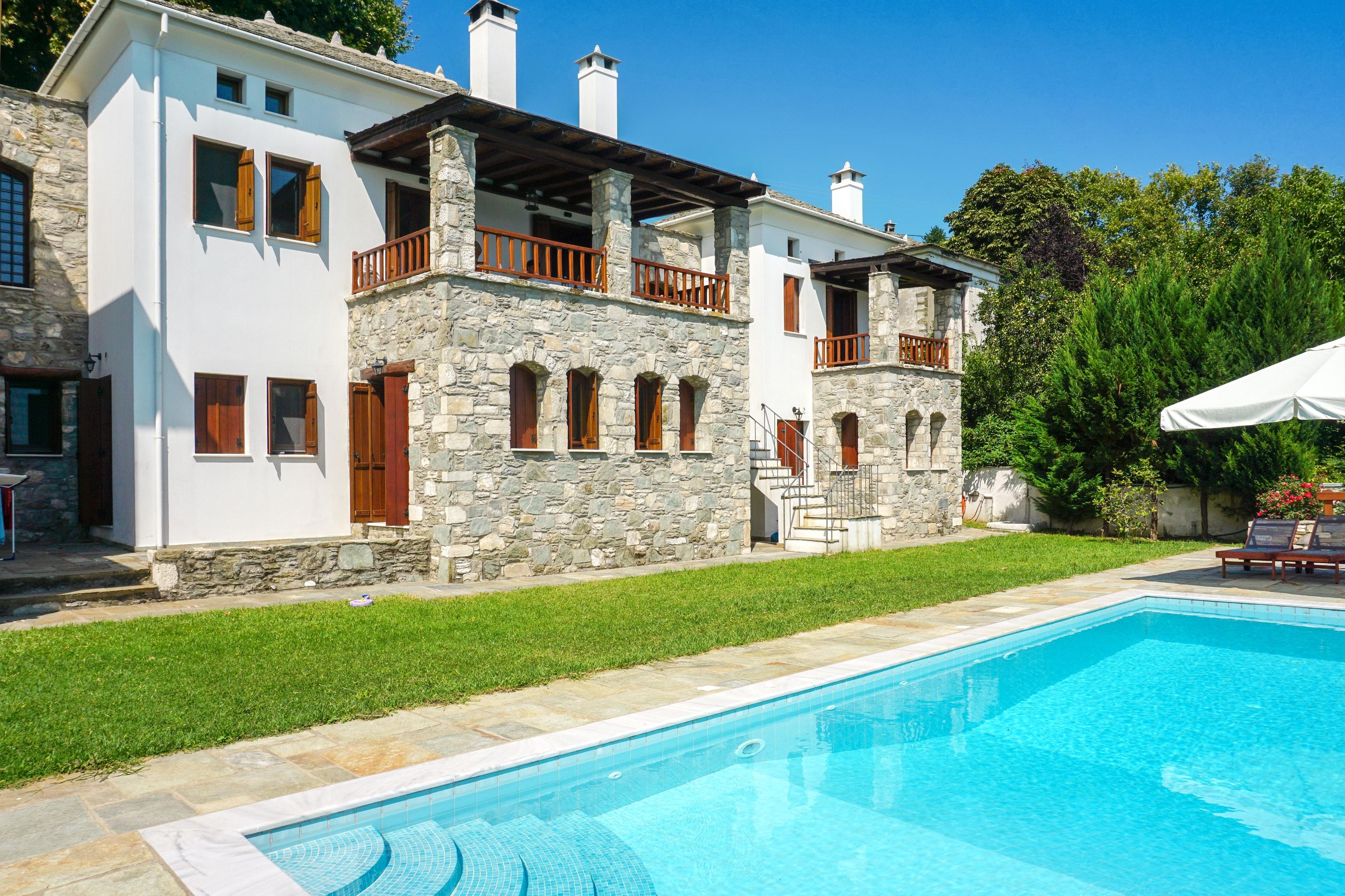 Villa mit 5 Schlafzimmern in mit herrlichem Meerblick privatem Pool eingezäuntem Garten 7 km vom Strand entfernt