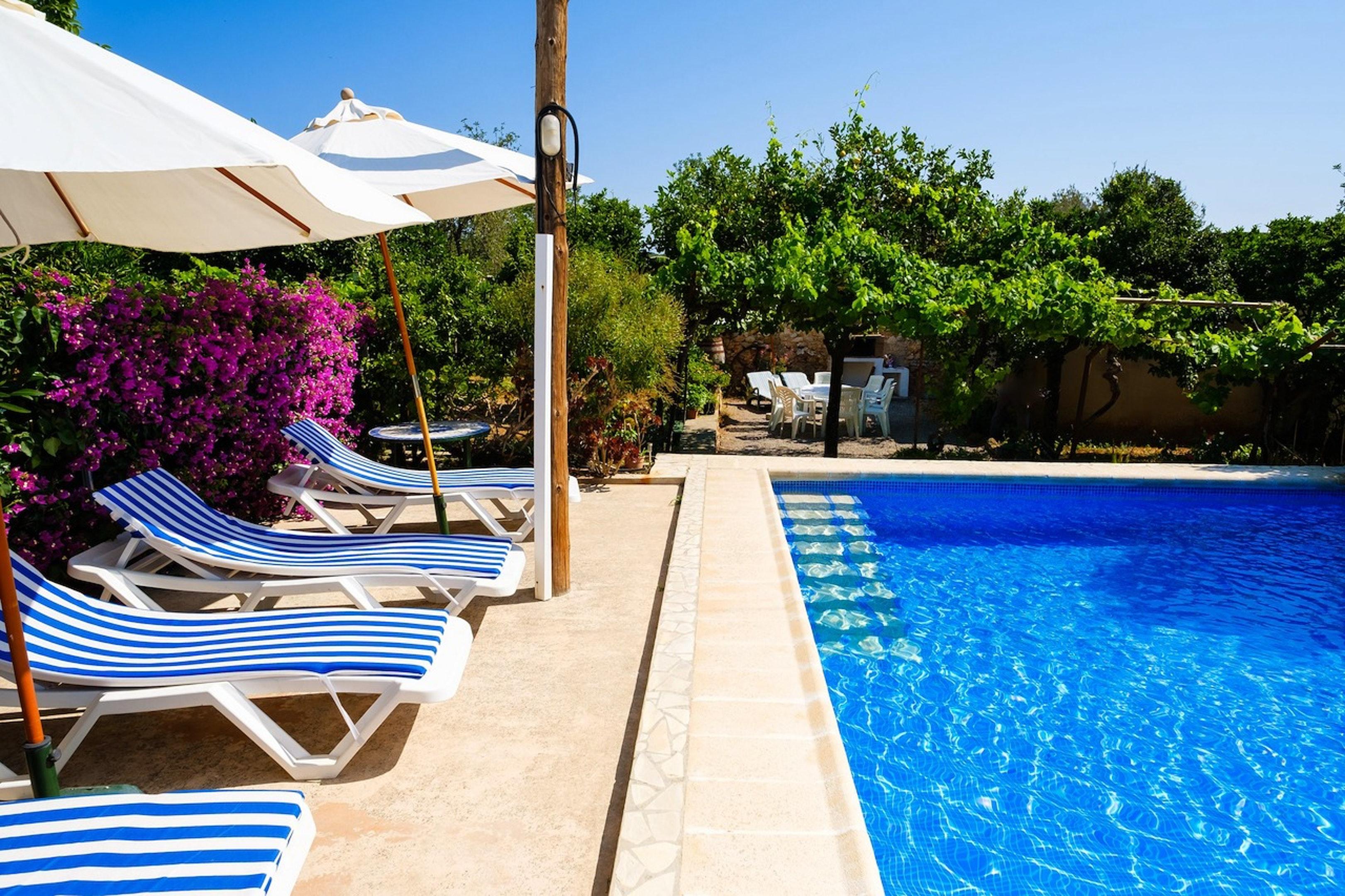 Villa mit 4 Schlafzimmern in Sant Miquel de Balansat mit toller Aussicht auf die Berge privatem Pool eingezäuntem Garten 5 km vom Strand entfernt