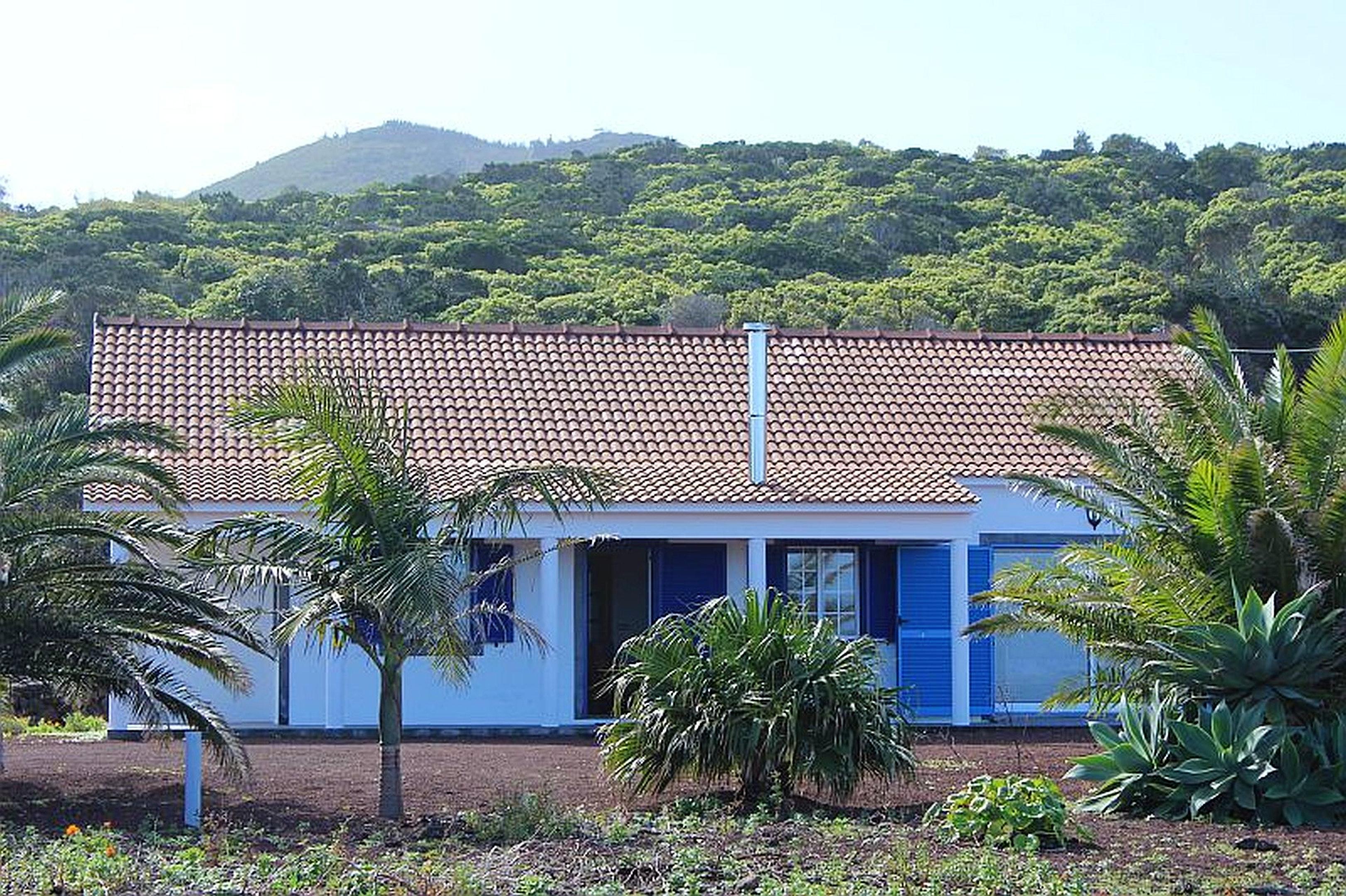 Haus mit 2 Schlafzimmern in Baixa mit herrlichem Meerblick und eingezäuntem Garten