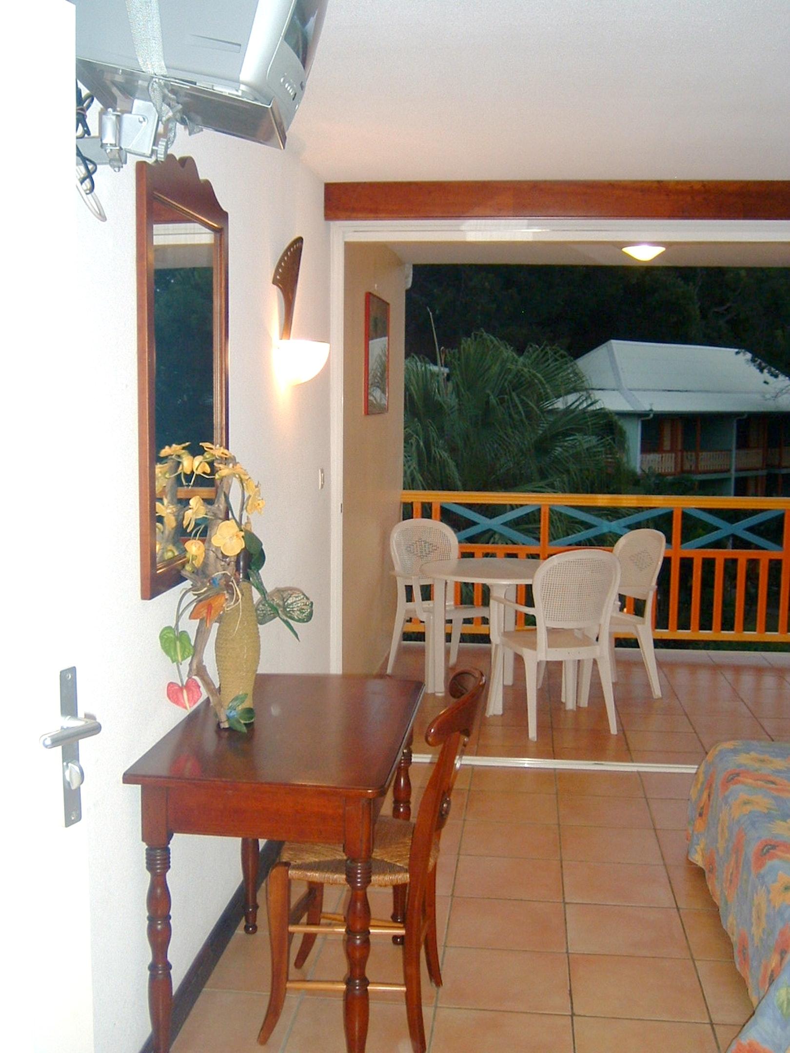 Estudio en Sainte-Anne, con jardín amueblado y WiFi - a 100 m de la playa