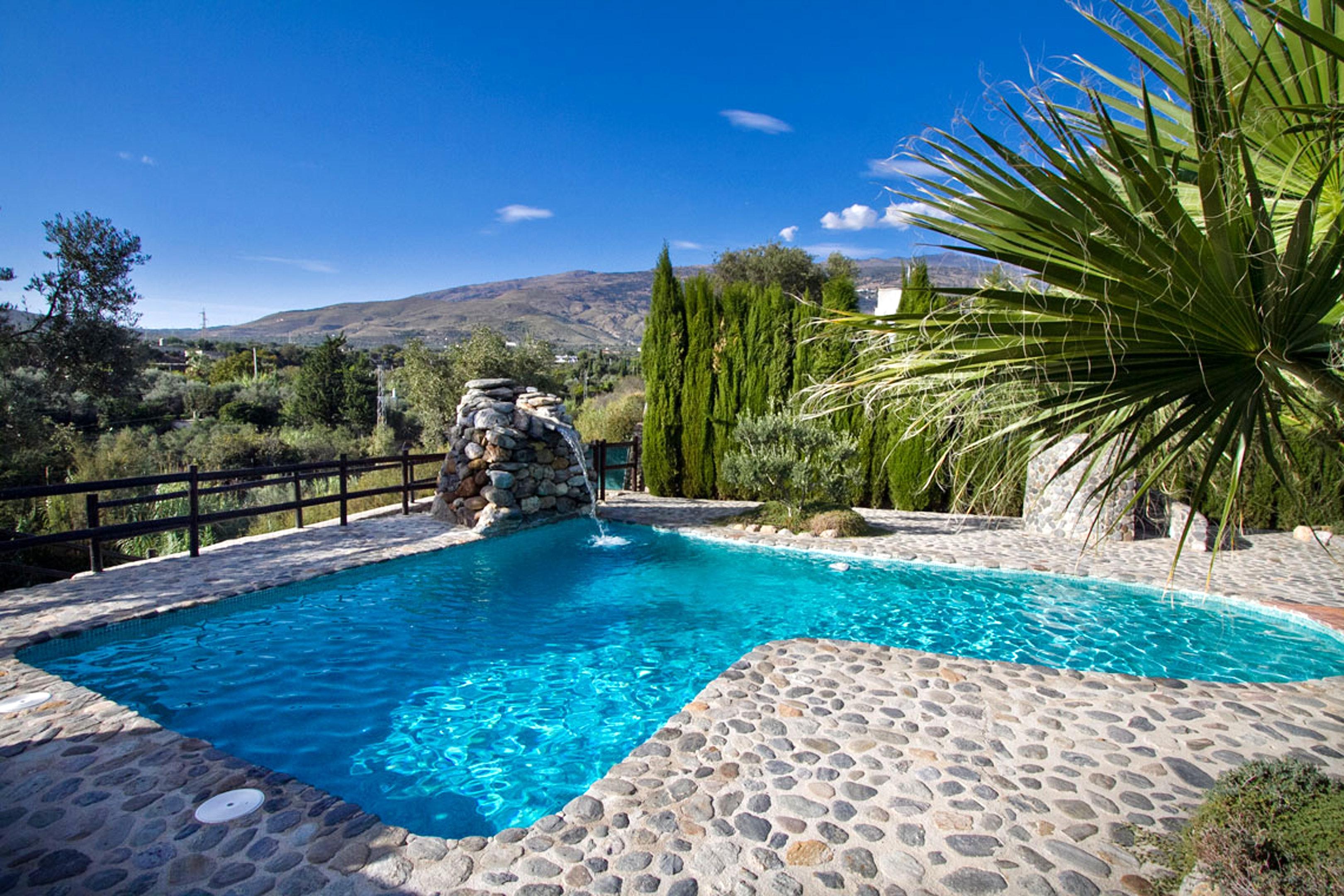 Villa mit 3 Schlafzimmern in Órgiva mit toller Aussicht auf die Berge privatem Pool eingezäuntem Garten