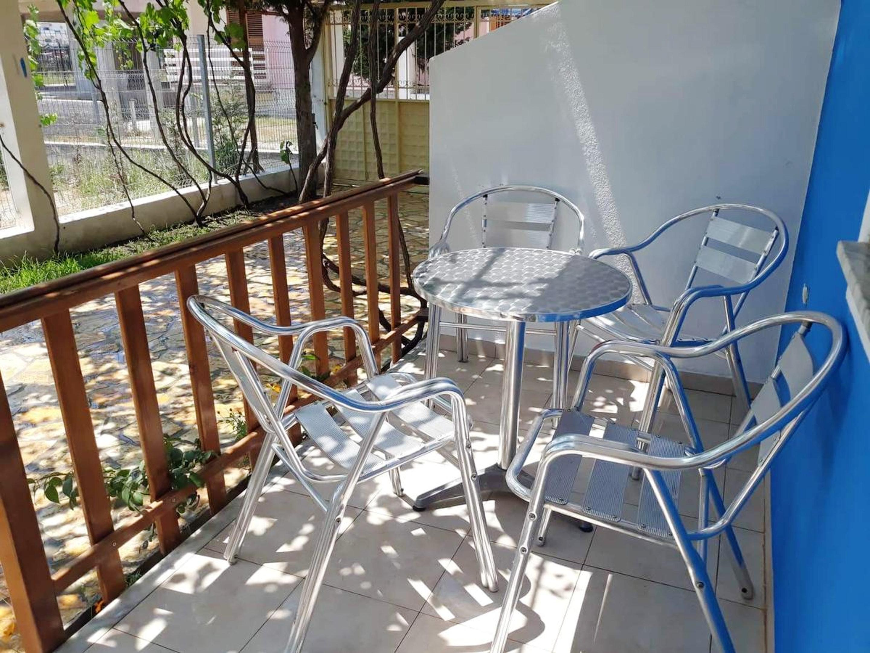 Wohnung mit einem Schlafzimmer in Shkodër mit eingezäuntem Garten und W-LAN - 400 m vom Strand entfernt