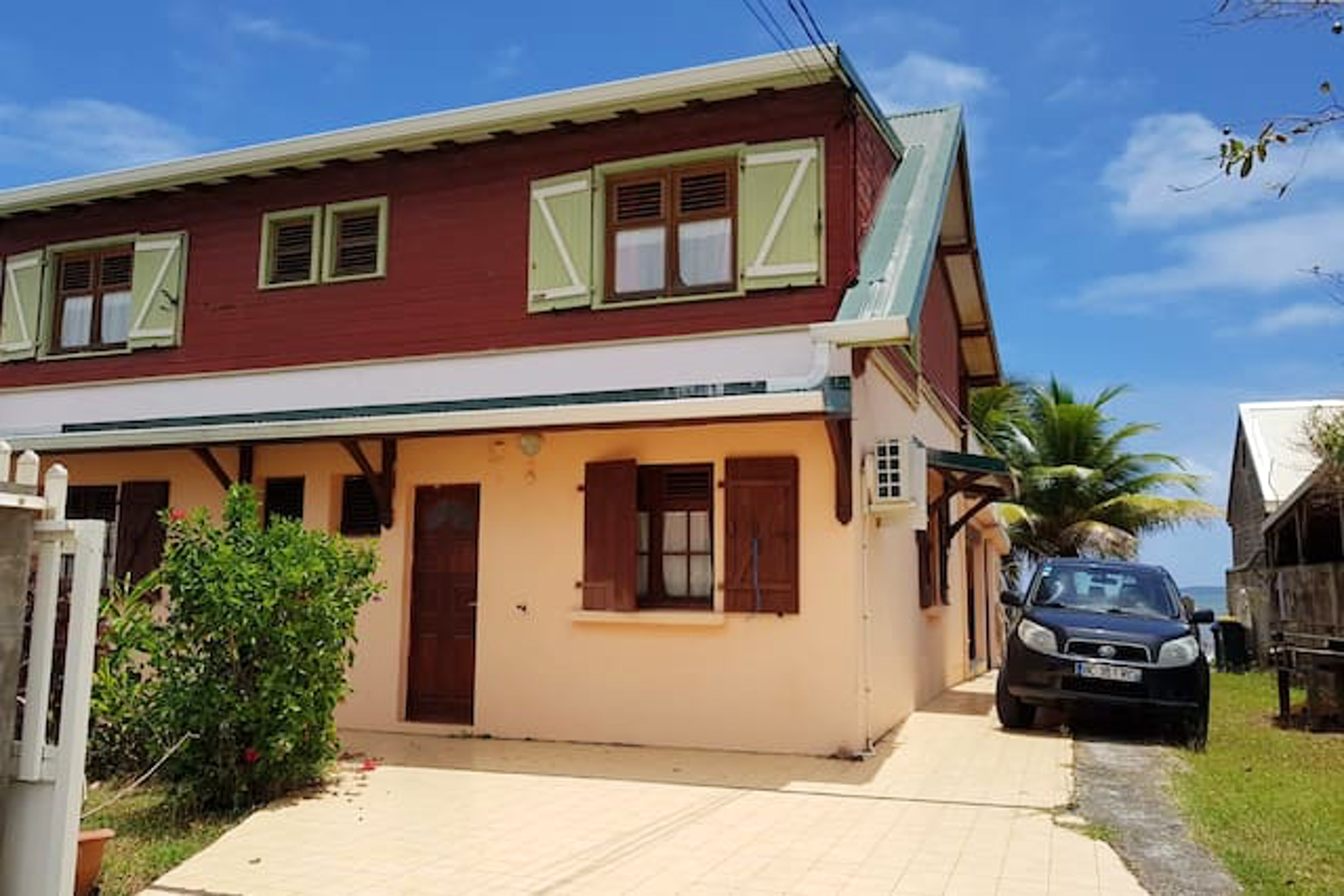 House with 2 bedrooms in La Trinité, with wonderful sea view, enclosed garden and WiFi - 200 m from the beach