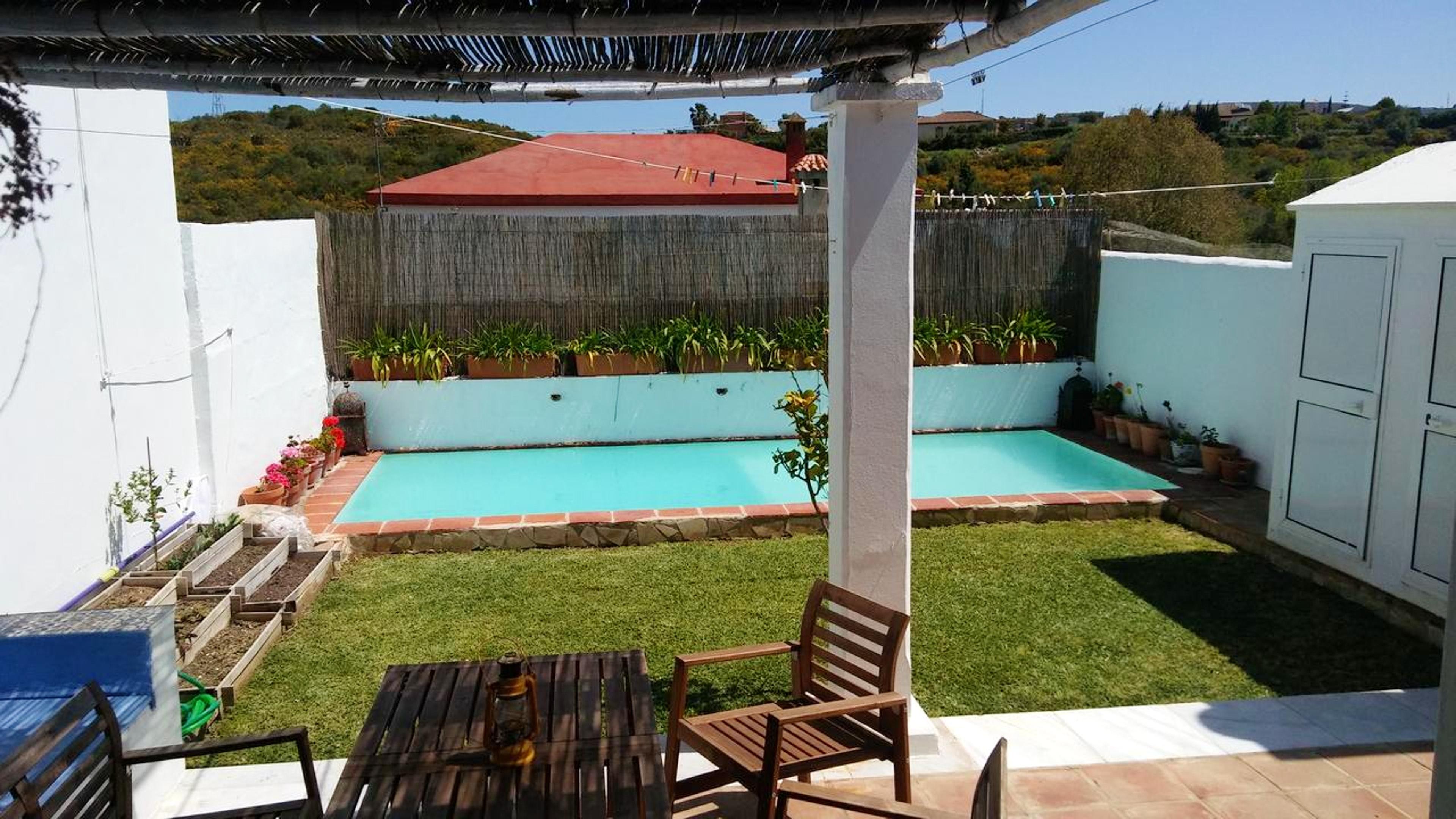 Villa mit 2 Schlafzimmern in San Roque mit private