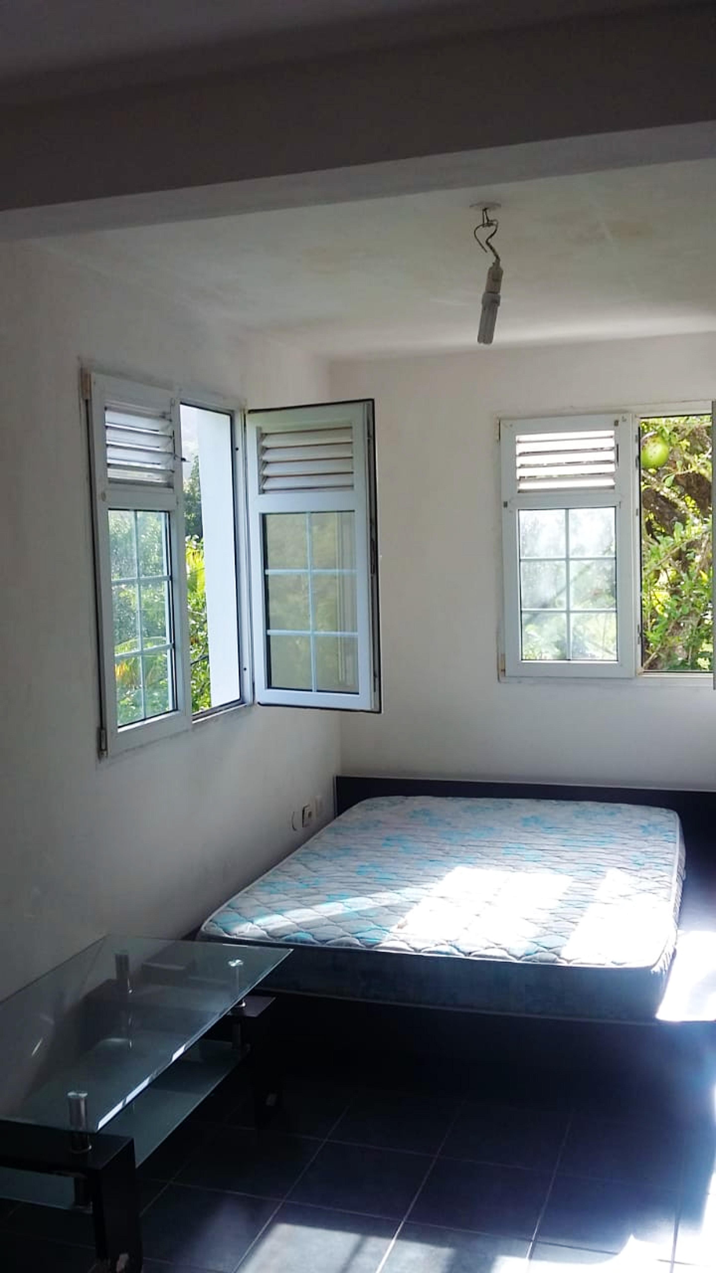 Wohnung mit einem Schlafzimmer in Le francois  mit möbliertem Garten - 10 km vom Strand entfernt