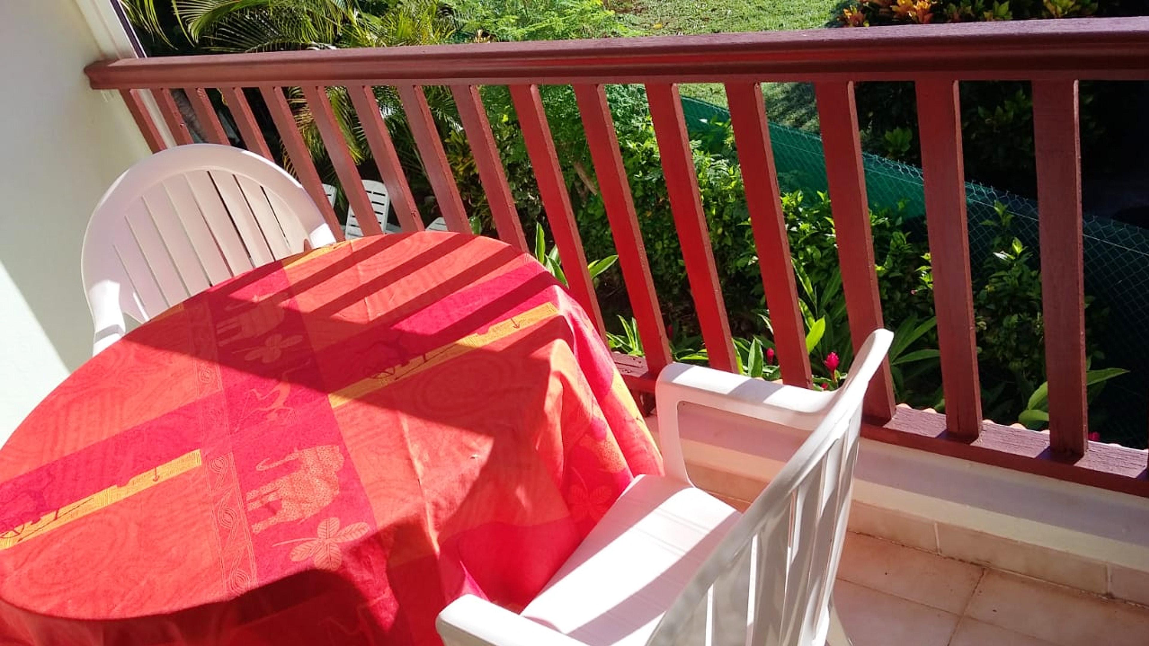 Wohnung mit einem Schlafzimmer in Les Anses-d'Arlet mit toller Aussicht auf die Berge, eingezäuntem Garten und W-LAN