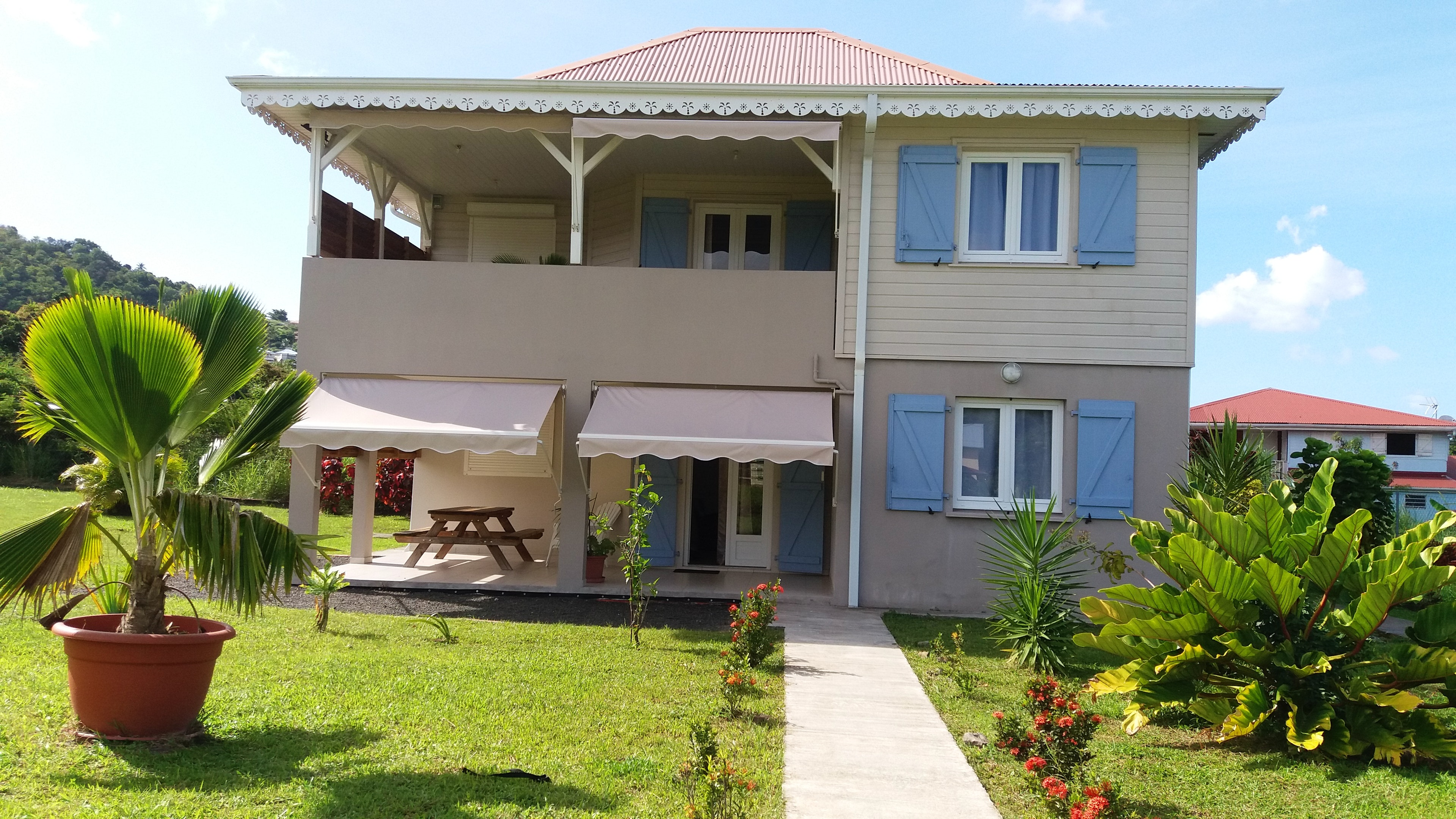 Apartment with 2 bedrooms in Les Trois Îlets, with wonderful mountain view, enclosed garden and WiFi - 200 m from the beach