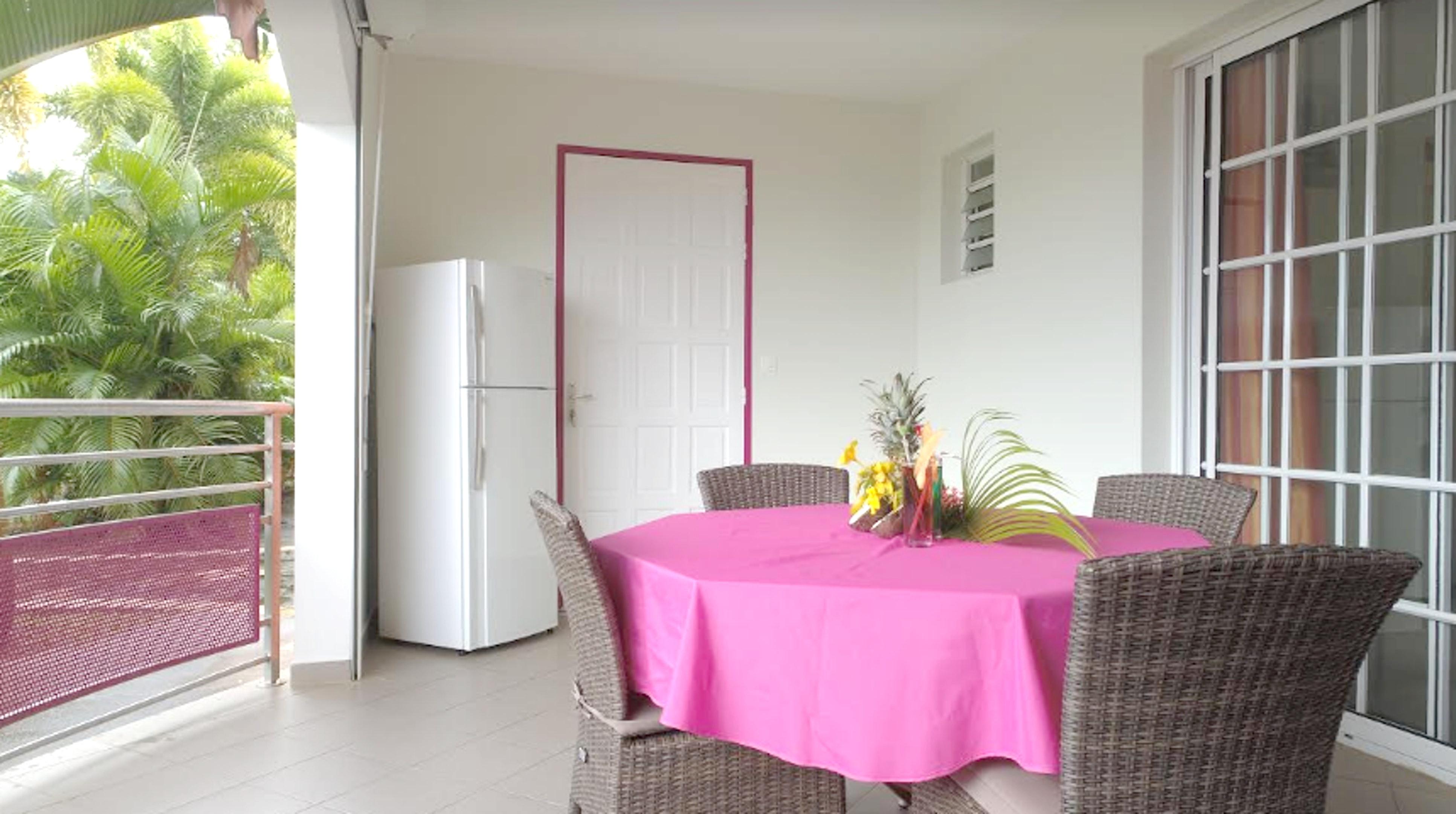 Wohnung mit einem Schlafzimmer in Sainte-Luce mit Pool, möbliertem Garten und W-LAN - 2 km vom Strand entfernt
