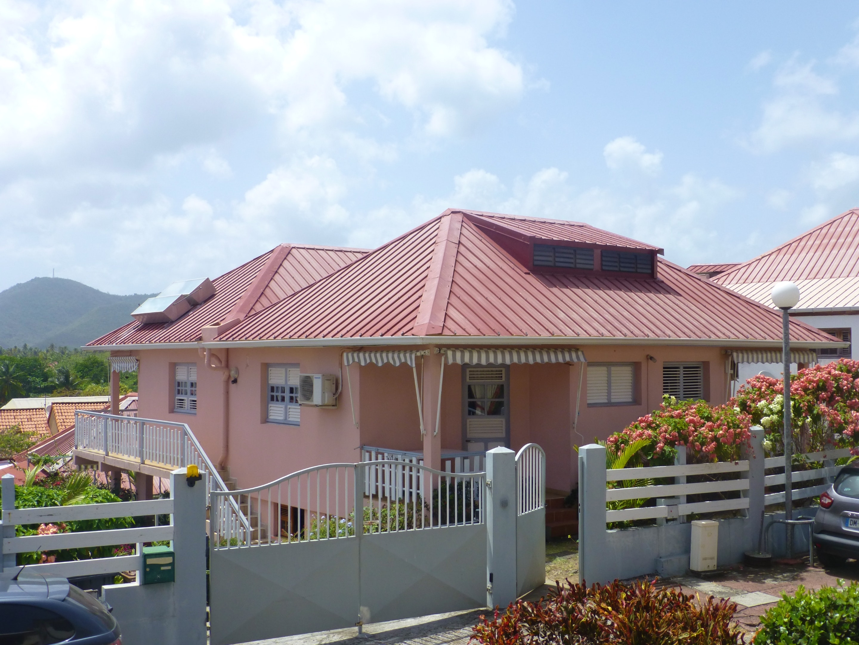 Apartment with one bedroom in Sainte Anne, with enclosed garden and WiFi - 400 m from the beach