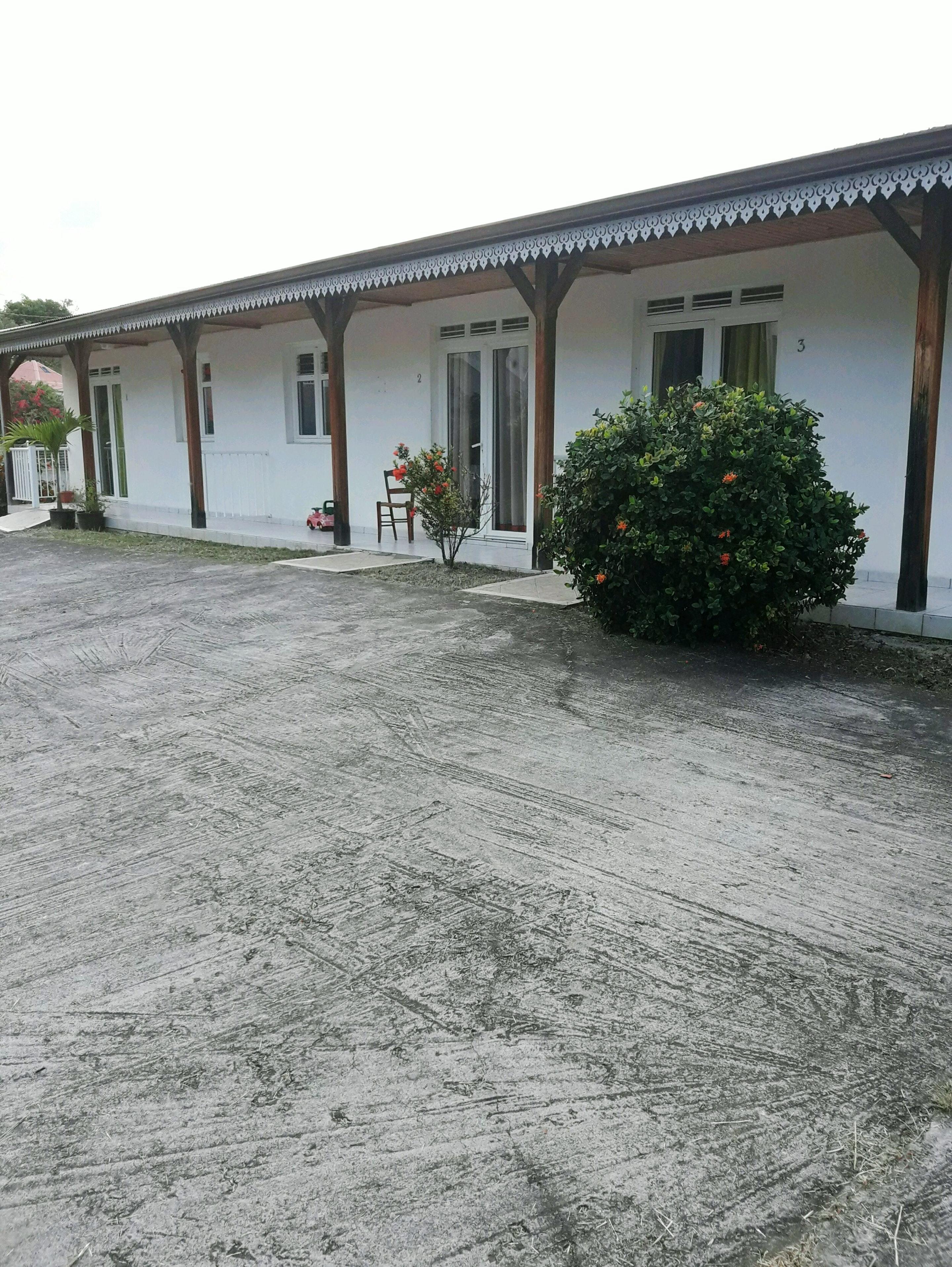 Wohnung mit 2 Schlafzimmern in Le Vauclin mit eingezäuntem Garten - 1 km vom Strand entfernt