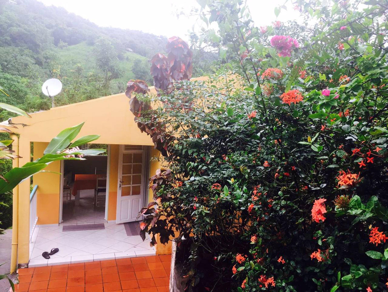 Haus mit 2 Schlafzimmern in Le François mit möbliertem Garten und W-LAN - 10 km vom Strand entfernt
