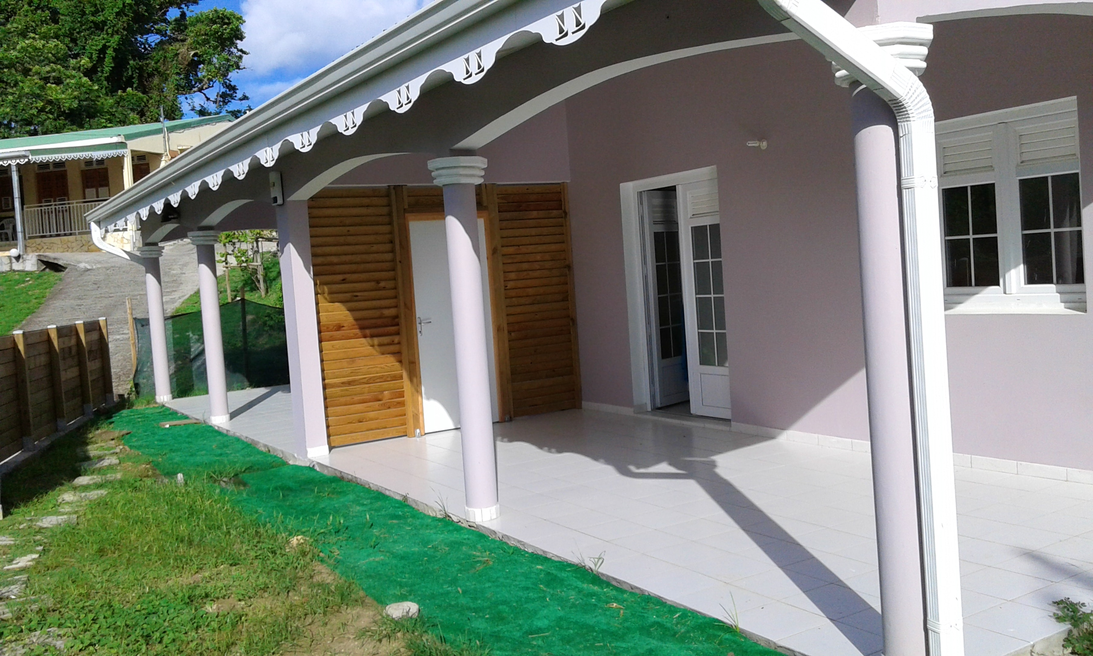 Haus mit 2 Schlafzimmern in Sainte-Anne mit eingezäuntem Garten und W-LAN - 5 km vom Strand entfernt
