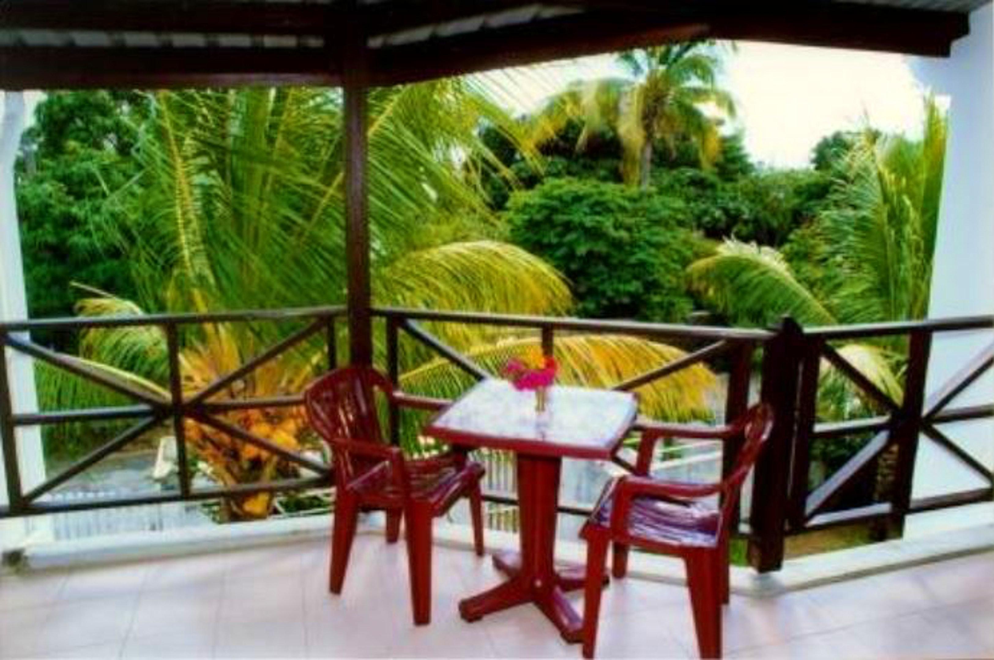 Wohnung mit 3 Schlafzimmern in Mont Choisy mit eingezäuntem Garten und W-LAN