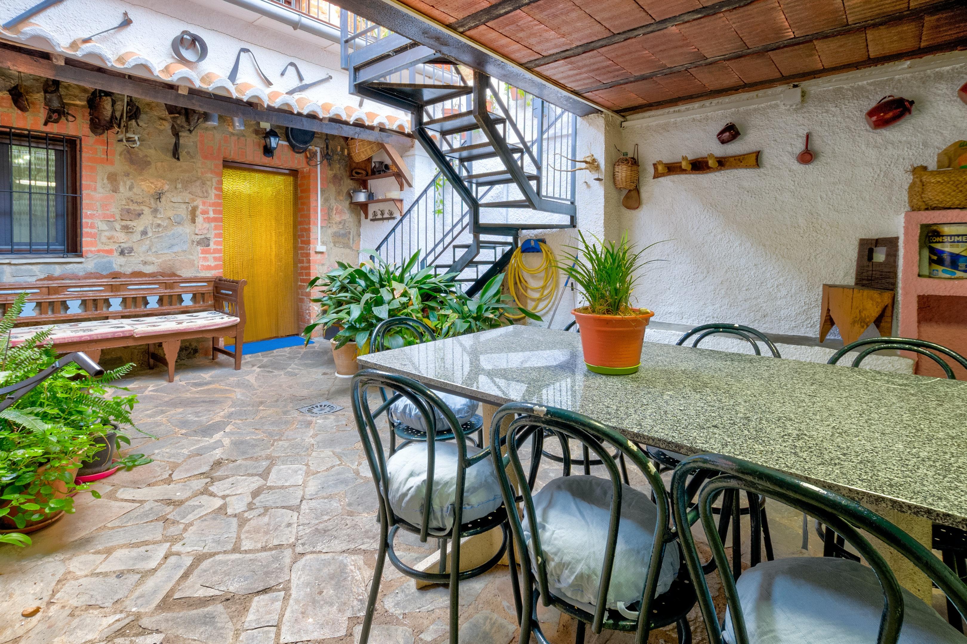Haus mit 5 Schlafzimmern in Puebla de Don Rodrigo mit toller Aussicht auf die Berge und möblierter Terrasse