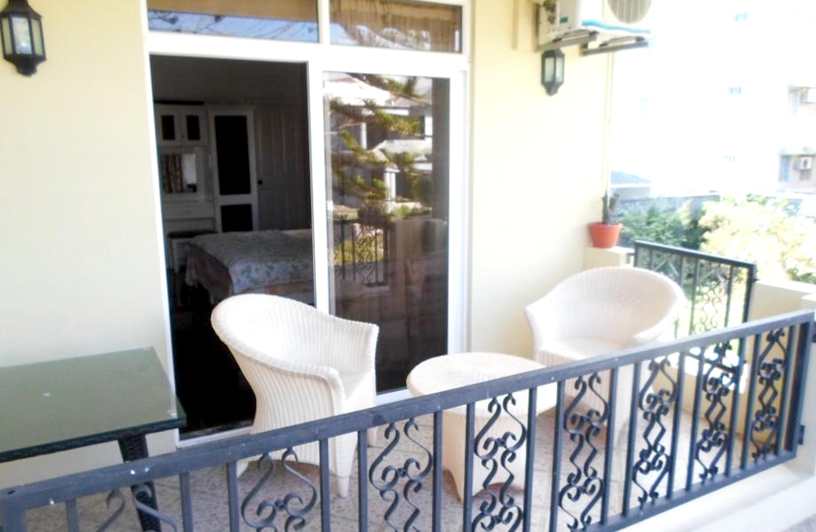 Studio in Trou-aux-Biches mit schöner Aussicht auf die Stadt, möbliertem Balkon und W-LAN