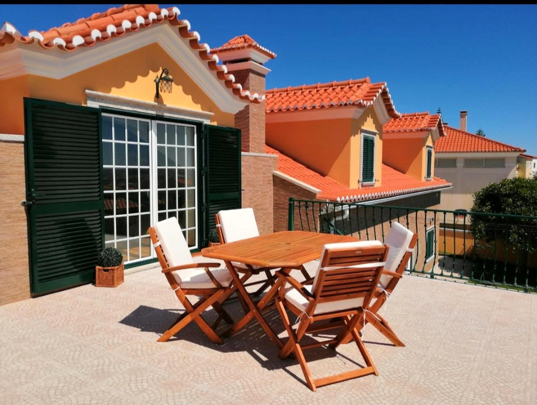 Haus mit 4 Schlafzimmern in Abelheira mit herrlichem Meerblick eingezäuntem Garten und W LAN 3 km vom Strand entfernt