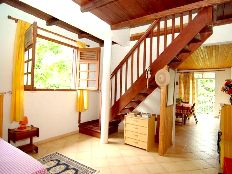 Apartamento de una habitación en Le Robert, con jardín cerrado y WiFi - a 2 km de la playa