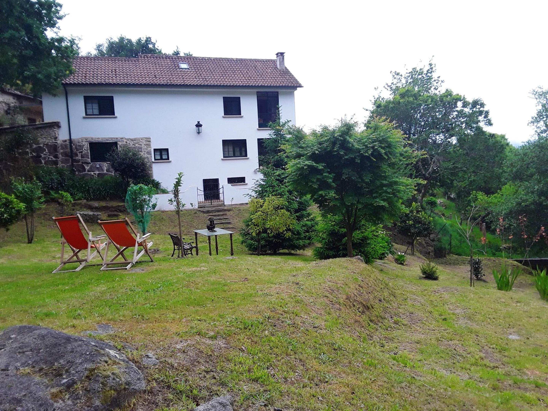 Haus mit 5 Schlafzimmern in Pontevedra mit eingez& Ferienhaus  Pontevedra